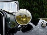 phare de voiture ancienne