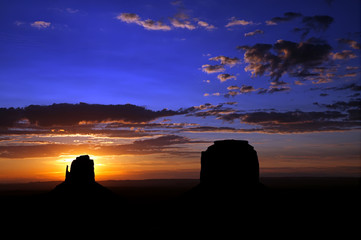 Monument Valley Sunrise East Mitten & Merrick Butte