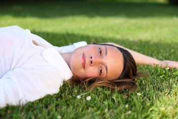 entspannen im gras