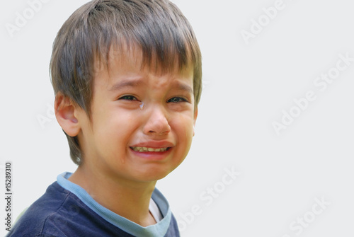 Kid crying - 15289310