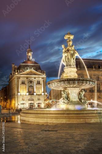 Anochecer en la Place de la Bourse, Bordeaux (France)