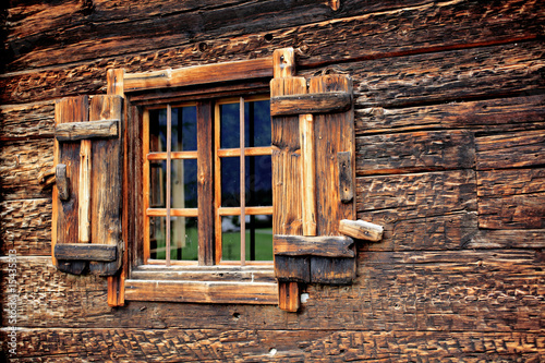 Leinwanddruck Bild Holzfenster - wooden window