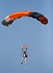 parachute air