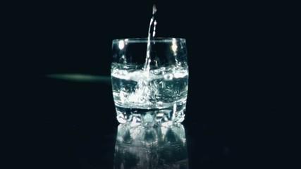 Aspirin in water - Aspirine dans l'eau