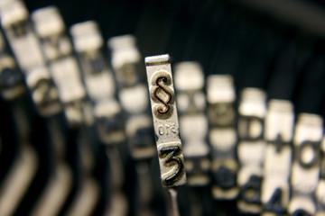 paragraph Schreibmaschine Letter 1