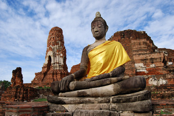 Sitting Buddha At Ruins