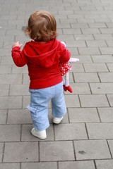 walking child from behind