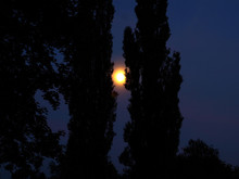 Dunkel guerre de, der Mond helle schien ...