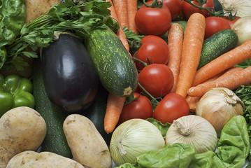 Fondo de verduras crudas.