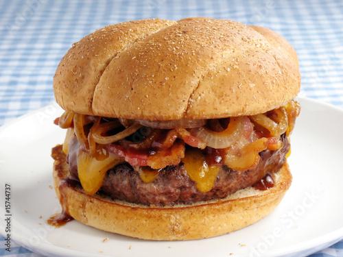 Messy Bacon Cheeseburger