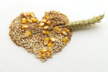 Cuore di cereali con freccia di grano