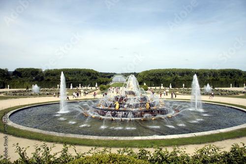 Leinwanddruck Bild Bassin, fontaine et jardin de Versailles