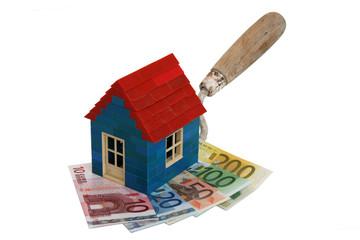 Haus Geldscheine auf Kelle 1