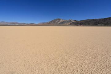 racetrack playa in death valley (3)