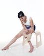 femme jambes gant de crin