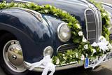 Fototapety geschmücktes Hochzeitsauto