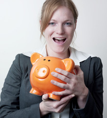 femme succés sourire et argent