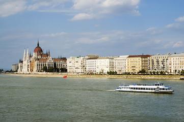 Budapest: il parlamento sul Danubio - Ungheria