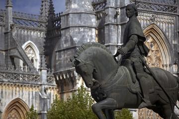 Standbild vor Mosteiro de Santa Maria da Vitria, Batalha