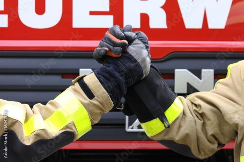 Leinwanddruck Bild Feuerwehrmänner