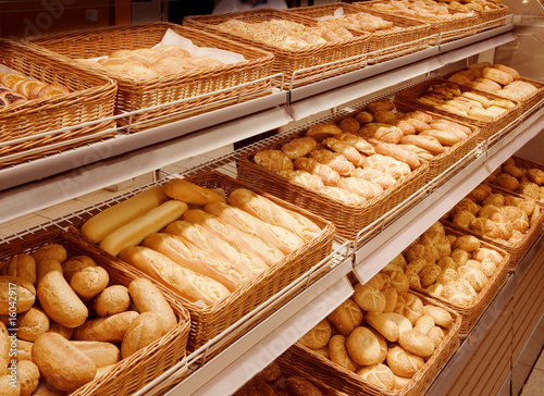 Poster Brood Variety of baked products at a supermarket