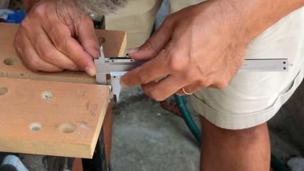 mesurer avec un pied à coulisse