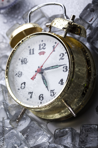 Classical Clock among ice cubes