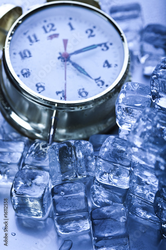 Ice cubes & Alarm clock