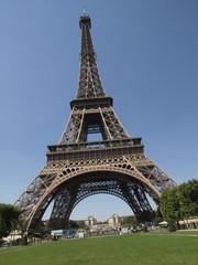 Tour Eiffel con el Trocadero al fondo en Paris