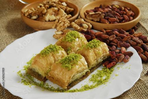 baklava - pistachio - walnut