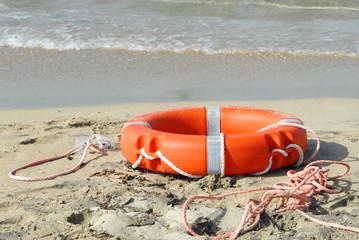 salvaggente sulla spiaggia