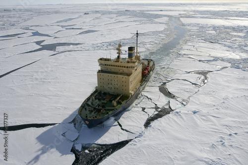 obraz lub plakat Lodołamacz na Antarktydzie