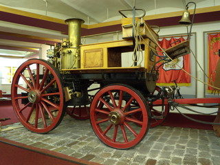 "Firefighters steam pump (""Shand Mason&Co"", England, 1899)"