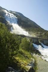 Langfoss Wasserfall 612 m