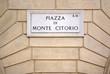 Roma, piazza Montecitorio, targa in marmo