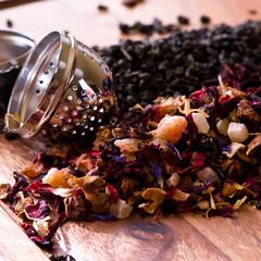 Fruit tea and tea egg
