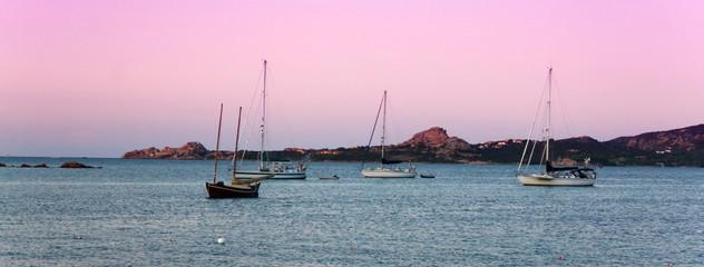 Barche Sul Mare Di Cannigione, Sardegna