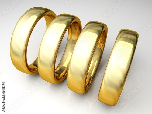 4 stehende ringe