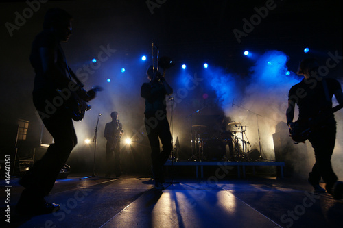 auf der Bühne - 16468358