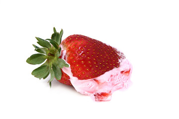 strawberry with ice cream 2