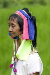 Portrait von Langhalsfrau