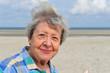 Quadro Seniorin am Strand VIII