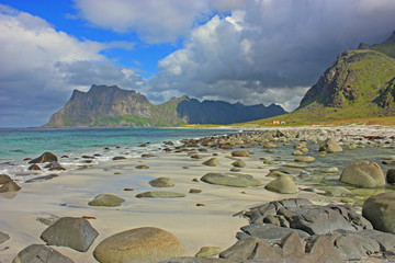 Beach utakleiv in lofoten