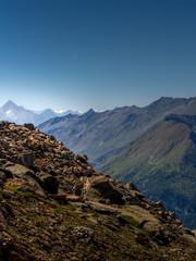 Rocce e panorami di alta montagna