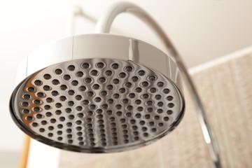 Duschbrause im Badezimmer