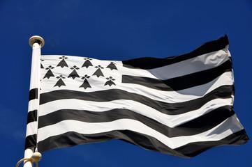 drapeau breton fond ciel