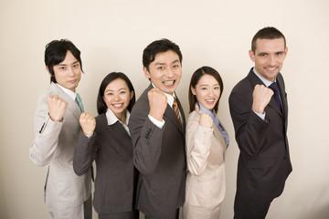 ビジネスマンら5名のポートレート