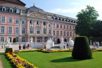 Château et jardins à Trèves