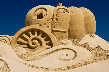 Sand castle, pumpkin