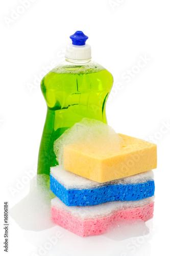 Liquide vaisselle et éponges